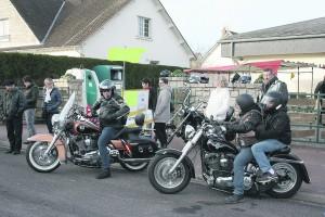 A Moigny-sur-Ecole, baptêmes de voitures de prestige, de motos Harley-Davidson et de chiens de traîneaux, étaient quelques-unes des multiples activités proposées par le Conseil municipal des jeunes.