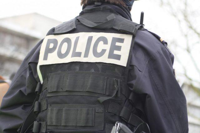 Police-640x427 dans Crime