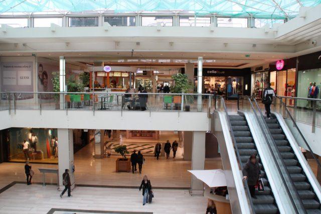 Evry braquage au centre commercial evry 2 le r publicain - Massy centre commercial ...