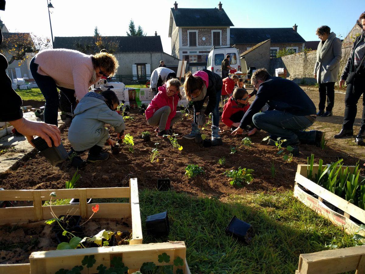 Essonne champmotteux a la main verte avec le pnr le for Recherche jardinier essonne