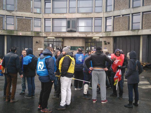123 détenus ont déclenché une mutinerie — Fleury-Mérogis