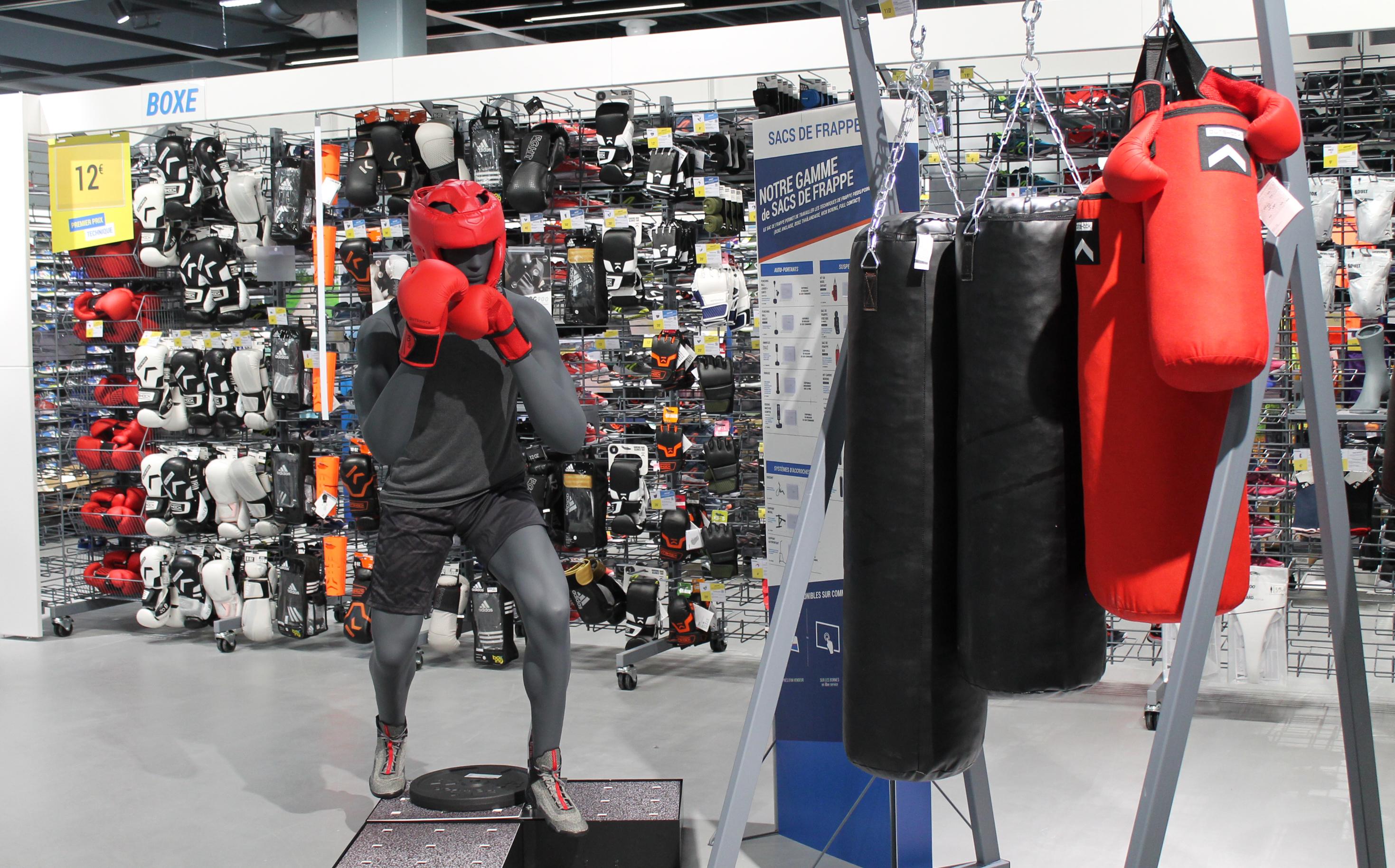 2aa6d6fc1b 45 sports sont présentés dans le magasin. L'arrivée de Decathlon ...