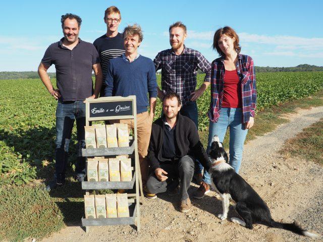 portrait emile et une graine champs quinoa lentilles agriculteurs