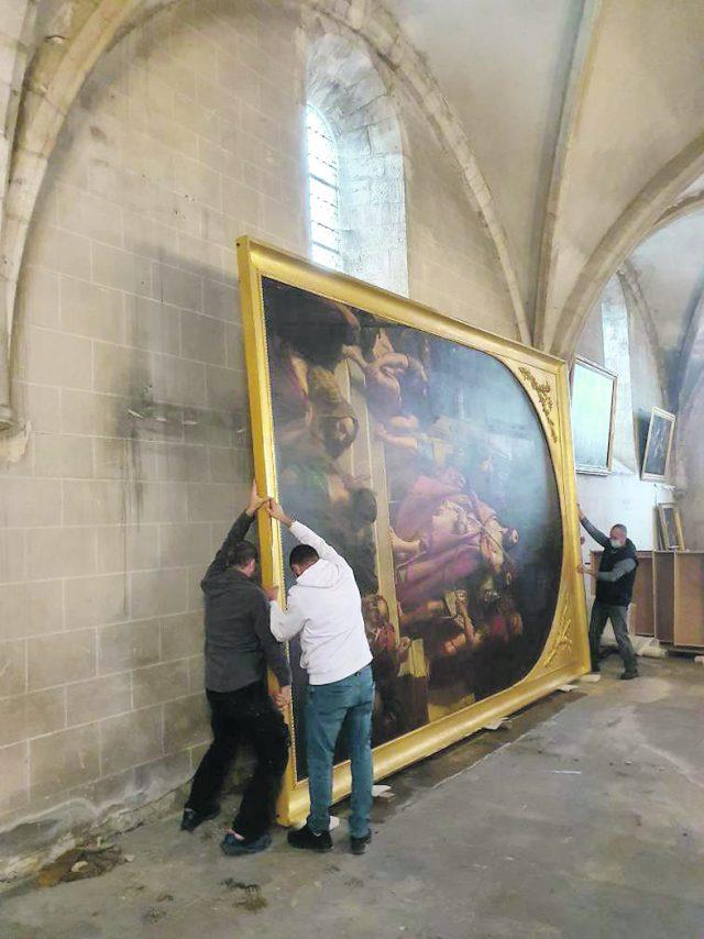 cadre feuille d'or tableau christ église