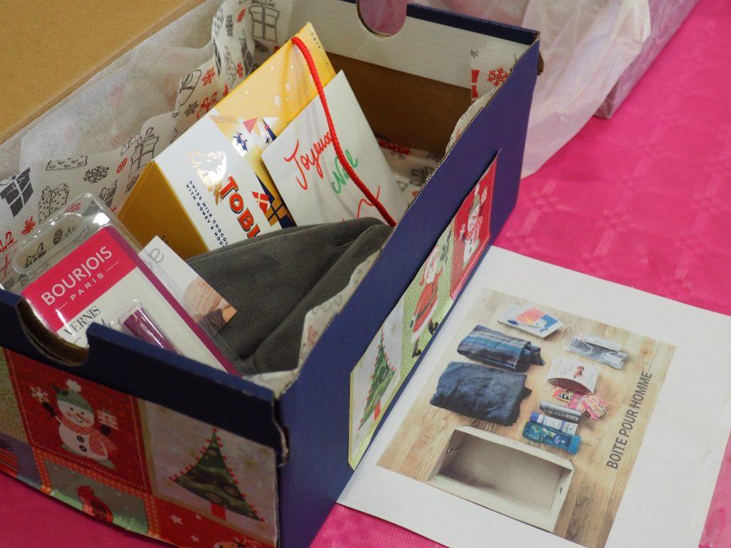 collecte boîtes de Noël lycée Geoffroy-Saint-Hilaire Etampes